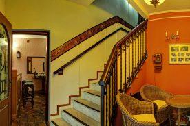 Escada – Pousada Estalagem de Brotas